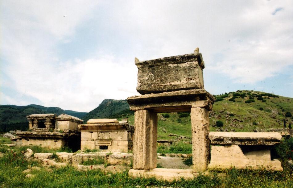 necropolis 2